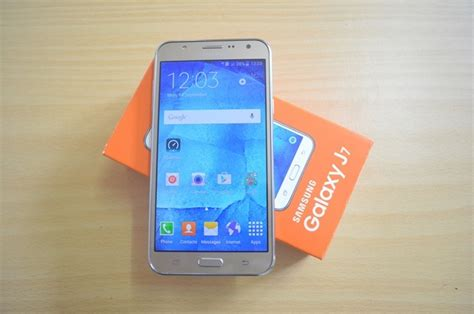 Harga Samsung J7 Unboxing samsung galaxy j7 unboxing and on