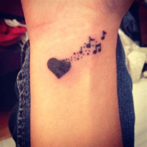 tattoo over wrist veins 1000 ideas about heart wrist tattoos on pinterest wrist