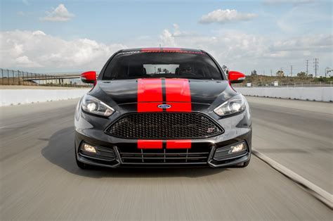 St Motor by 2015 Ford Focus St With Ford Performance Upgrades Review
