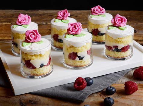 bicchieri da dessert ricetta dessert al limone e lime in bicchiere