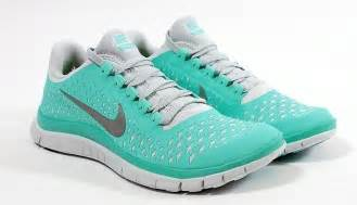 tennis shoes light blue nike tennis shoes gotta those kicks