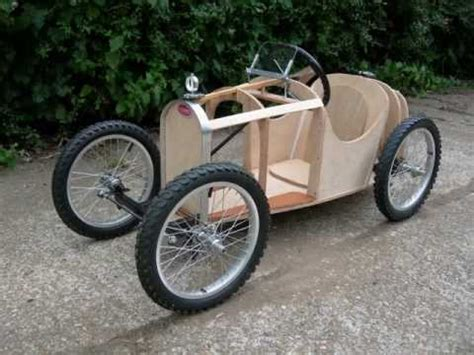 soapbox  hill racer  oct  tiny tots