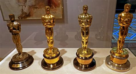 best academy awards and the oscar goes to wglt