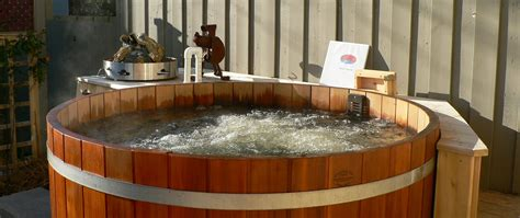 wood hot tub wood hot tub reviews and testimonials cedartubs com