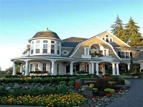 designing a new shingle style house with classic old style hton shingle style home plans small shingle style home