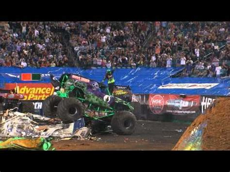 grave digger 30th anniversary monster truck toy monster jam grave digger monster truck 30th anniversary
