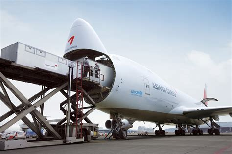 chinese presence   air cargo industry raise prices