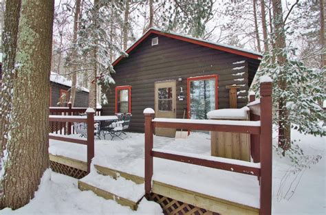 Cabins For Sale Hayward Wi by 500 Sq Ft Tiny Log Cabin In Hayward