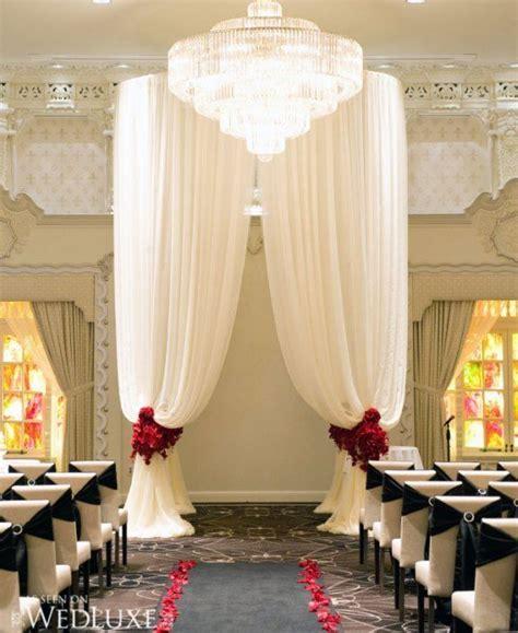Indoor Wedding Arch Ideas   Indoor Shabby Chic Arch