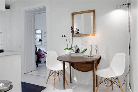 kleines wohnzimmer mit esstisch ein runder esstisch ist die perfekte l 246 sung bei platzmangel
