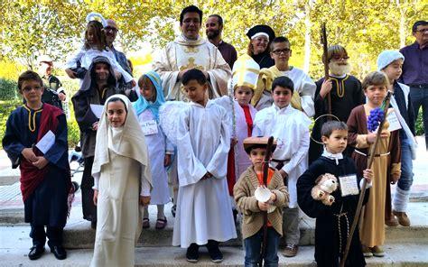 disfraz de santo de pspel holywins se consolida en espa 241 a fotos de alcal 225 getafe
