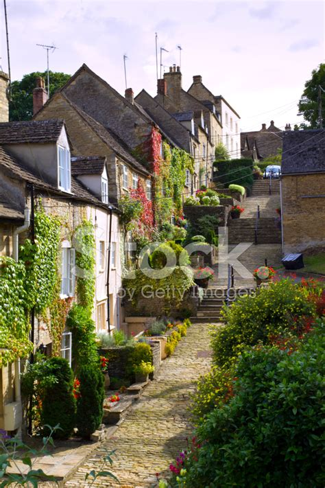 Cottages Tetbury by Cottages On Chipping Steps Tetbury Cotswolds