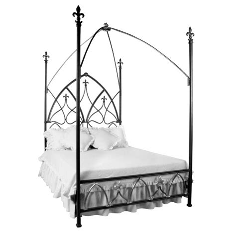gothic canopy bed 102 best images about black room ideas on pinterest