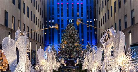 rockafeller center tree lighting 83rd rockefeller center tree lighting 2015 photos