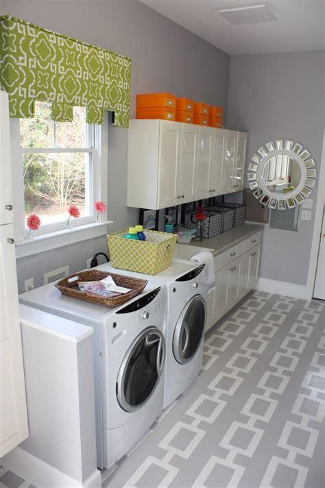 Gray And White Laundry Room Gray Walls Pinterest Gray Laundry