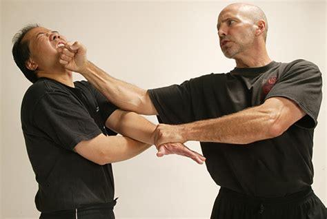 Wing Chun Gung Fu Combat Drills Basic Blocks And Traps Randy William jeet kune do los angeles principles