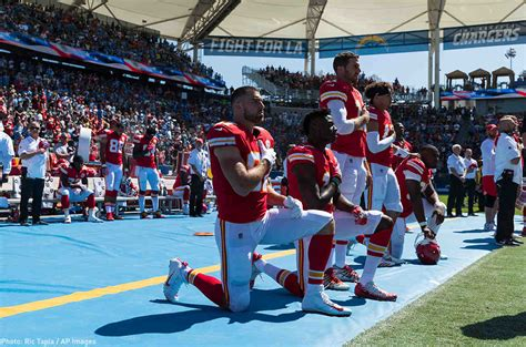 norman lear knee trump turns to the southern strategy in attacking nfl