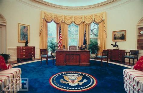 bill clinton oval office decor barrie briggs spang oval office redux