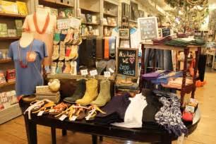 Small Home Decor Stores Small Boutique Clothing Boutique Interior Design Ideas