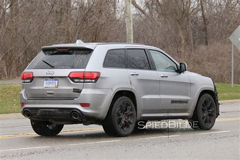 2018 jeep grand cherokee hellcat first look at hellcat powered 2018 jeep grand cherokee