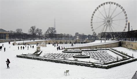 giardini della tuileries neve a parigi fanpage