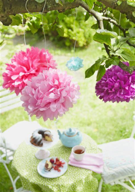 Deko Gartenfest Selber Machen by Pompons In Leuchtenden Farben Bild 12 Living At Home