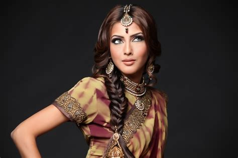 Indian Wedding Hairstyles Braids by Gorgeous Indian Wedding Hairstyles Style Samba