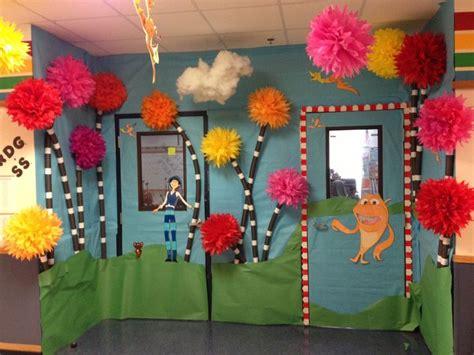 Dr Seuss Classroom Decorations by Dr Seuss Week Classroom Ideas