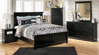 Bedroom Sets Furniture Maribel Panel Bedroom Set