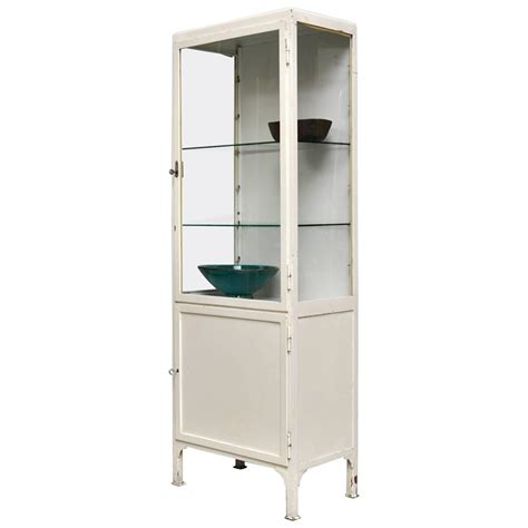 Cabinet Medicale by Vintage Cabinet 1960s At 1stdibs
