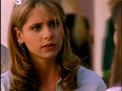 blonde vire hairstyles buffy hairstyles season 1 buffy summers images buffy hd