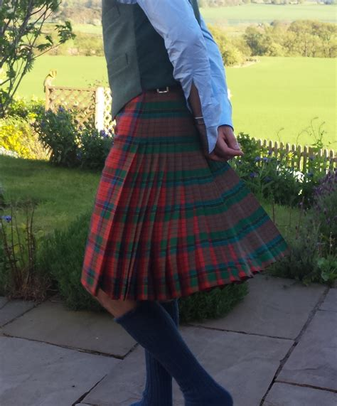 Handmade Kilts - the knife edge pleated kilt