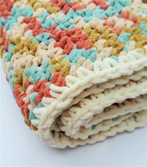 crochet pattern using bernat blanket yarn easy crochet baby blanket pattern