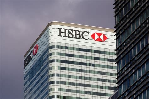 hsbc bank image uk bank hsbc might soon pilot live blockchain payments coindesk