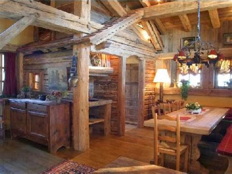 baite di montagna interni chalet interni romantici ispirazione design casa