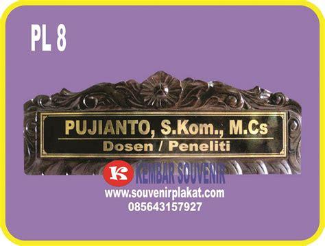Papan Nama Kayu Instansi menerima pembuatan papan nama meja indonesia