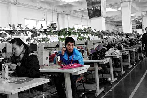 shoes factory photos from an anta shoe factory in fujian china chinab