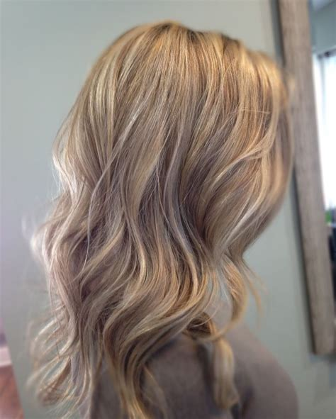 light blonde highlights on dark blonde hair pictures of dark blonde hair with light blonde highlights
