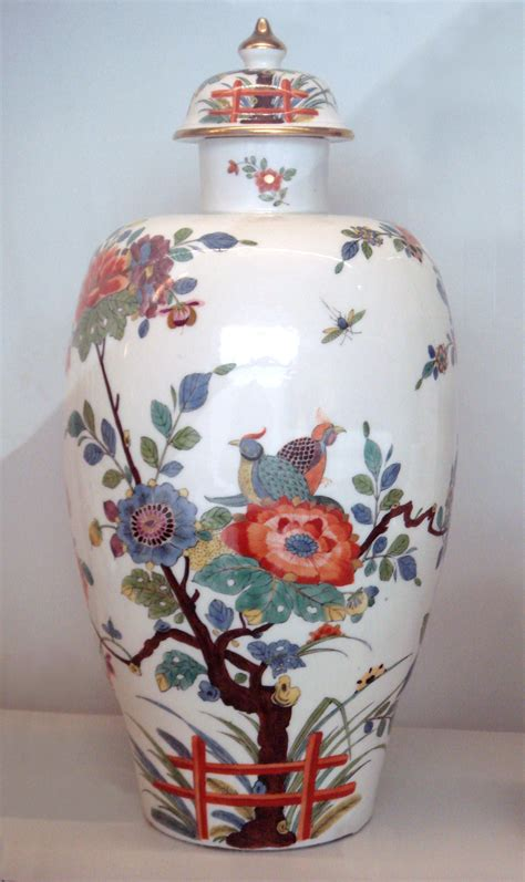 Porcelain Vase by File Meissen Porcelain Vase 1735 Jpg Wikimedia Commons