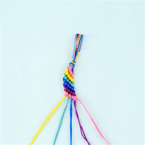 How To Make String Patterns - 25 best ideas about friendship bracelets on