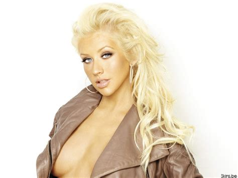 Aguilera Is by Lovely Wallpaper Aguilera Wallpaper