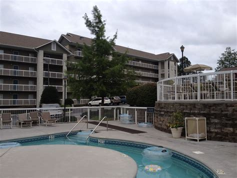 2 bedroom condos in pigeon forge tn 2 br a condo downtown pigeon forge tn built vrbo