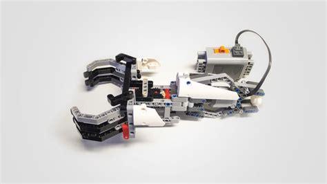 cocuklar icin lego uyumlu protez kol gelistirildi