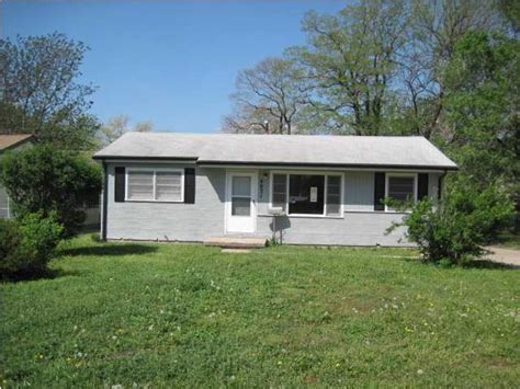 rental houses in wichita ks 4631 s vine ave wichita kansas 67217 bank foreclosure info reo properties and bank