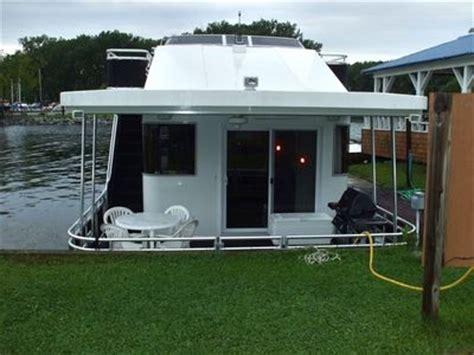 lake geneva houseboat rentals luxurious houseboat traveling the erie vrbo