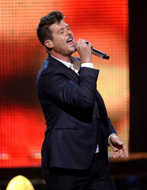 robin hecke robin thicke in spike tv s guys choice 2016 show zimbio