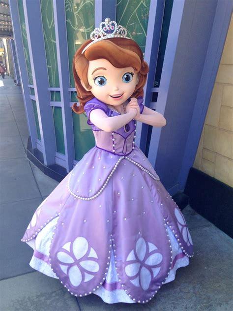 Sofia The First Has Arrived At Disney Parks Sofia Disney Princess