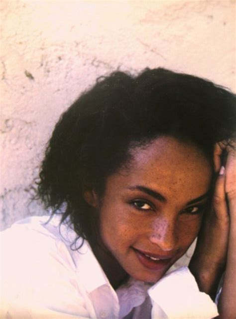 sade adu hairstyle 82 best images about celeb sade on pinterest sade adu