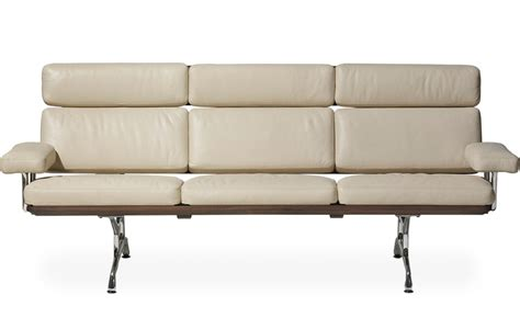 eames 174 3 seater sofa hivemodern