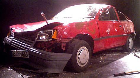 Auto Zerlegen Verschrotten by Auto Auto Christian Richthofen Und Benny Greb